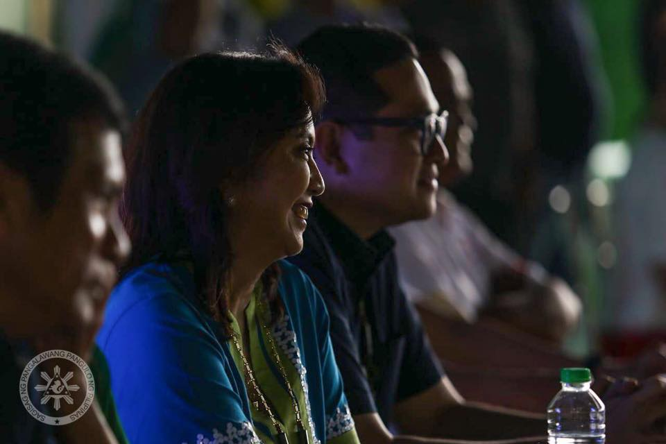 Sen. Bam Aquino on VP Leni Robredo's competence