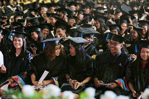 Sen. Bam: Quality education for all, key to prosperity in PH